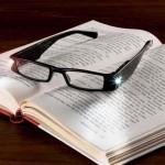 Led Işıklı Pratik Camsız Kitap Aydınlatma Gözlüğü Okuma Lambası